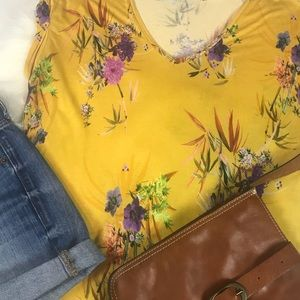 Zara Tops - 3 for 20‼️Zara Women's Casual Floral Tropical  M